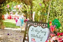 Alice In Wonderland Party / Madhatter or Alice, these party ideas will get the creative juices flowing!