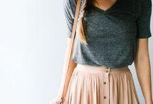 Fashion: Frühling und Sommer / T-Shirts, Kleider, Röcke, Shorts - alles, worauf man sich nach einem langen, grauen Winter freut.