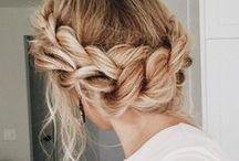 Haartrends: Frisuren und Farben