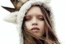 WINTER | VOSGESPARIS / WIINTER WARM SWEATERS SNOWY FIELDS AND WARM FIRES