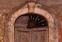 Italian Doors & Doorways / These are [mostly] doors that I photographed myself during explorations around my adoptive city and its environs....#Rome #Lazio #Italy #Italian #doors #architecture #medieval #gothic #SaintFrancis