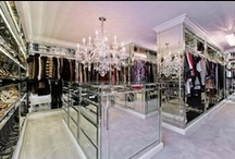 Walk-IN-Closet Inspiration / by Fanny Rodriguez