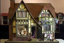 Miniature Dollhouses / by Sherri Martin