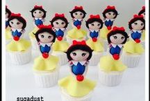 tHeMiNg -Batman to the rescue of Snow White / Snow White meets Batman- the twins party  / by Mint Jelly Art & Craft Parties