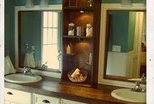 Farmhouse Bathroom / Fixer Upper style bathroom ideas. Farmhouse Industrial bathroom themes.