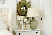 Farmhouse Bedroom / Rustic Chic bedroom // Farmhouse bedroom // Rustic glam bedroom // Fixer Upper style