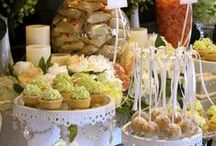 Entertaining.......The Buffet / by Cathy Oliver