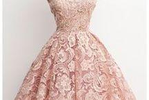 Fashion: Vintage Style / Vintage style, 1920s style, beautiful vintage dresses, retro fashion, cupcake dresses, vintage lace dresses, vintage inspired style