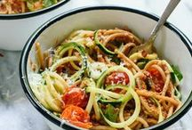 Pasta Recipes / This board is for all of my pasta people! Bring on the carbs. ;) Pasta Recipes - Quick Pasta Recipes - Pasta Inspiration - Spaghetti Recipes - Pasta Dinner Ideas and more!