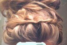 Hair   Braided / by Alecia Booysen