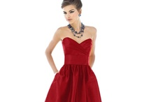 ♥ Red Weddings | Jevel Wedding Planning ♥ / Weddings | Red Weddings | Jevel Wedding Planning Weddings with red as the primary color or primary accent color (not including the bride and groom's attire). May include red flower arrangements, red bouquets, red bridesmaids dresses, red linens or red wedding decor.