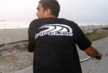Official PIPELINE Guys Logo Tees / Choose from a large selection of clothing and accessories featuring the iconic PIPELINE® wavecrest logo inspired by the world famous surf break, on the North Shore of Oahu, Hawaii.