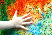 Kids Sensory Actvities / Sensory play, sensory bins, sensory bottles, sensory kits,  Tactile sensory play ideas! Recipes for creating tactile sensory play materials including taste safe activities. Engage all senses with play ideas for taste, touch, and smell. Make play doughs , slimes, goops, colored rice, and non-food sensory bins.