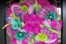 Deco Mesh Wreaths / by Nikki Gillespie