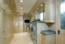 Basement: Laundry Room / by Julie Shoaee