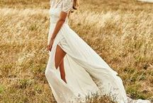 wedding D R E S S. / Hochzeitskleider. Ausgefallen und klassisch, elegant und verspielt.
