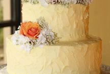 Wedding cakes / by Ariel Dizol