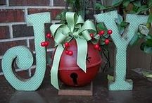 Christmas Wonders  / This the season...
