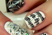 Nail Art / by Mary Rea