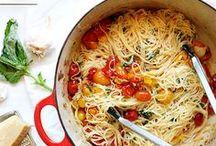 { Food: Pastas } / by Leslie Babin