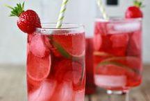 { Food: Drinks } / by Leslie Babin