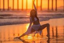 Photography ~ Ballerina Ballet Dancing Dance / I think ballerinas are so graceful & beautiful. .♥«´¨`•°~ℒℴ℣ℇ~°•´¨`»♥.