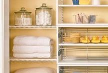 Home Organization Tips / I love being organized! These ideas are absolutely brilliant. Organizing ideas for the kitchen, bathroom, closets and more.