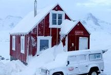 HOTEL THE RED HOUSE / Accomodation– Restaurant – Excursion/ Boat-Service