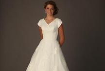 Vestidos de Noiva  / Vestidos de noiva recatados e modestos dentro dos padrões SUD/LDS