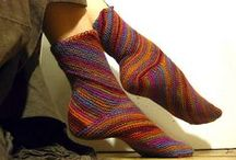 knit socks and slippers / by Mary Harting