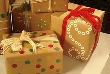 DIY College Christmas Gifts / Giving gifts doesn't have to be stressful – look through these cool ideas for creative, easy, DIY gifts. / by StudentAdvisor.com | LearningAdvisor.com