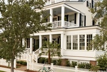beautiful homes / by Luciana