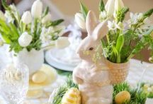 Easter tablescapes & centerpieces