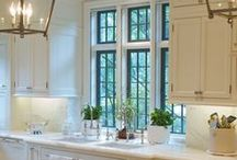 Kitchens / by Casey Lassiter