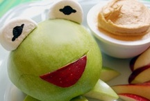 Munchkins - Snackaroo / Kid food ideas / by Amber Hamilton