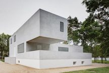Architect-Designed Houses / by Tracy Dillard