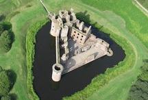 Castles / by Barney Ibbotson