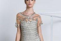 Os mais Amados / Veja aqui a seleção de vestidos mais alugados do nosso site SNM.