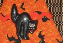 Halloween, Samhain, Dia de los Muertos / by Maggie Ceodraiocht