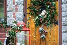 Winter Door Decor / Four distinct doors to welcome guests this holiday season. 