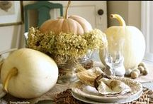White Pumpkin Holiday Tablescapes / Ideas for making Thanksgiving gatherings more festive & beautiful with elegant white pumpkins