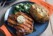 30 Awesome Pork Chop Recipes / Pork Chops are a culinary blank slate - full of rich flavor and ready for you to season them with your favorite ingredients. Here are 30 awesome recipes that use Pork Chops. They all look delicious, so start looking and then get cooking! Enjoy!