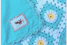 Crafts: Quilts & Crochet / by Sarah Garland (Thought on a Roll)