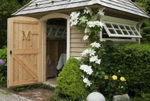 In the Garden / Lots of inspiring ideas for blooming and growing, and embellishing our outdoor spaces!