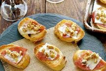 Toasts, Croistini, Bruschetta, Chips and Crackers Recipes / A Celebration of Sweet and Savory Small Bites - Toasts, Croistini, Bruschetta, Chips and Crackers Recipes
