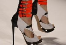 ♥ shoes! / by Cláudia de Oliveira