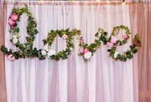 Hanging Wedding Decor + Wedding Backdrop Ideas / Unique, fresh and beautiful wedding backdrop inspiration, including some of the most breathtaking hanging wedding decor. We're talking floral chandeliers, gorgeous arches and more! Get ideas for indoor and outdoor wedding backdrops.