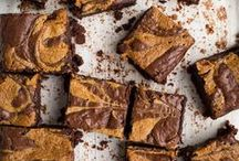 dairy-free desserts / dairy-free cakes, cookies, cupcakes, and other sweet treats.