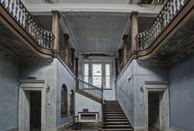 Beautiful Decay / by Lindsay Brillson