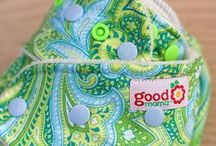 Cloth diapers / Eco-friendly diapering for sustainable babes.